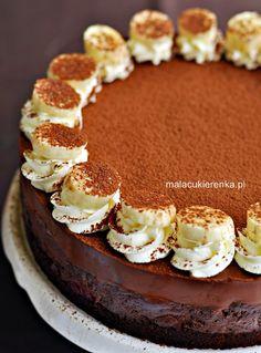 chocolate cake with banana Chocolate Desserts, Chocolate Cake, Banana Dessert, Tiramisu, Panna Cotta, Cooking, Ethnic Recipes, Cakes, Sweet Sweet