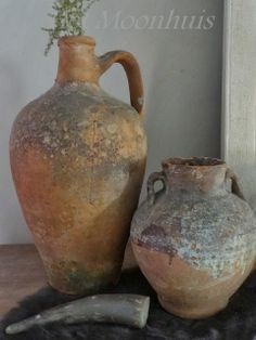 Het Moonhuis click now for info. Clay Vase, Clay Pots, Ceramic Pots, Terracotta Pots, Wabi Sabi, Olive Jar, Pottery Pots, Garden Urns, Still Life Art