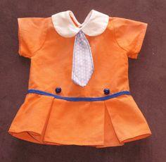 huebsches-Kleidchen-fuer-Schildkoet-Puppen