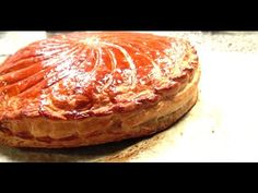 """La galette des rois"""" frangipane"""" par le chef pâtissier INAKI! - YouTube"""