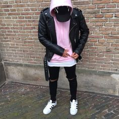 : photo inspiration de style в 2019 г. Stylish Mens Outfits, Casual Outfits, Men Casual, Summer Outfits, Streetwear Mode, Streetwear Fashion, Hoodie Outfit, Mode Outfits, Fashion Outfits