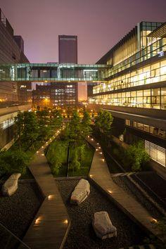 Symantec-Chengdu-Tom-Fox-07 « Landscape Architecture Works | Landezine