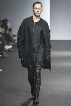 RESURRECTION Fall/Winter 2016/2017 - Seoul Fashion Week