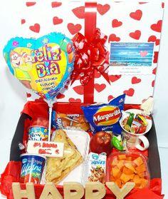 DESAYUNO SORPRESA HAPPY TE AMO ❤❤❤❤🎁🎁🎁@happydealer.co  #happydealer#desayunossorpresa #desayunosbogota#desayunosadomicilio #regalosbogota#regalospersonalizados #regalossorpresa#regalocumpleaños #regaloaniversario Whatsapp 311589395 Snack Recipes, Snacks, Picnic Ideas, Pop Tarts, Special Occasion, Happy Birthday, Gifts, Diy, Love