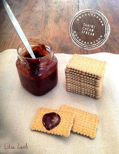 Spread σοκολάτας με ταχίνι.Η γεύση του απερίγραπτη!  Εκτύπωση Συνταγή: Litsa Zarifi Υλικά 1/2 κούπα ταχίνι 120 γρ. μέλι 35 γρ. κακάο 60 ml γάλα της αρεσκείας μας (λιγότερο ή περισσότερο αναλόγως πόσο παχύρευστο το θέλουμε) Οδηγίες παρασκευής Σε ένα μπολ ανακατεύουμε με ένα κουτάλι το ταχίνι, το μέλι και το κακάο. Προσθέτουμε σταδιακά το Διαβάστε περισσότερα » Vegan Snacks, Tahini, Dairy Free, Chocolate, Breakfast, Food, Morning Coffee, Schokolade, No Dairy