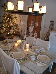 Beautiful table setting. From the awesome website: Patina White