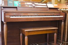 Last Baldwin Acrosonic Spinet Model | Amro Music: Baldwin Model 522A Spinet  Piano   SOLD