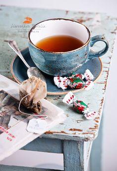Tea by Natalia Lisovskaya