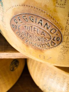 Parmigiano Reggiano - serve in small chunks with slices of crisp apple and our Quinoa crackers as an after-dinner highlight. Grapes And Cheese, Milk And Cheese, Wine Cheese, Gourmet Cheese, Italian Dishes, Italian Recipes, Gouda, Love Food, A Food