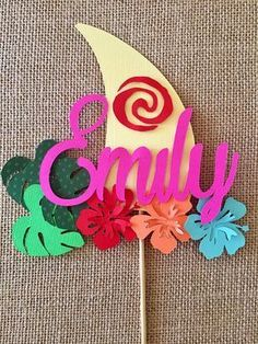 Moana Sail Boat Cake Topper maybe I can make the sail of of chocolate, then the boat out of grahams or pretzels? Luau Birthday Banners, 4th Birthday Parties, 3rd Birthday, Birthday Ideas, Moana Party Decorations, Party Themes, Party Ideas, Festa Moana Baby, Boat Cake