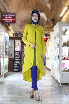 Modern Muslimah Fashion Outfit Ideas for Summer Hijab Style Dress, Hijab Chic, Hijab Outfit, Chic Dress, Abaya Fashion, Fashion Moda, Modest Fashion, Fashion Outfits, Fashion Muslimah