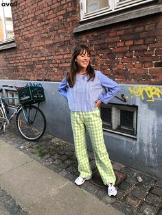 Kobe, Gingham, Wraps, Cute Outfits, Street Style, Studio, My Style, Fitness, Clothing