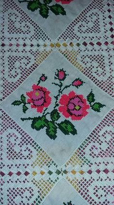 maria gomes's media content and analytics Crochet Table Runner, Crochet Tablecloth, Crochet Doilies, Crochet Flower Squares, Crochet Borders, Diy Embroidery, Embroidery Patterns, Cross Stitch Patterns, Diy Crafts Crochet