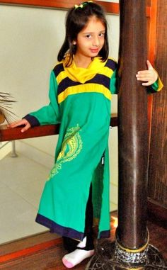 Top Quality Pakistani Attractive Casual Dresses for Girls LifeStyle in reasonable prices - Order now with custom size tailoring option and worldwide shipment service. Girls Casual Dresses, Black Linen, Online Shopping Stores, Designer Collection, Dresses Online, Designer Dresses, Saree, Stylish, Clothes