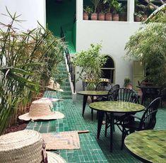 restaurant terraza restaurant terraza Le Jardin Restaurant - very good food in a very nice garden Aix En Provence, Antalya, Go Spot, Marrakech Travel, Marrakech Morocco, Porch And Terrace, Pergola, Spanish House, Interior Exterior