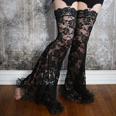 La Rose Gothique Black Lace Garter Pants Leg Warmers