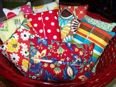 Sew Much 2 Luv: Easy Peasy Tissue Cover Tutorial