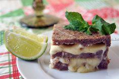 O Kibe é uma iguaria da culinária árabe, que caiu no gosto de todo o mundo pelo seu sabor e praticidade. Nesta receita inovamos um pouco fazendo ele em camadas com recheio. Você vai adorar, é uma receita de fácil preparo e muito saborosa. Leia mais...