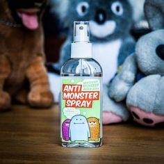 Verschenken Sie das Anti-Monster-Spray an Kinder. Lavendelduft vertreibt Monster unterm Bett und hilft beim Einschlafen.