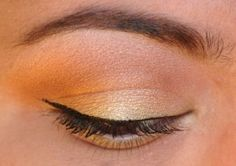 365 Days of Eyeshadow, yellow and gold.