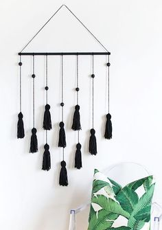 This minimal wall hanging is all kinds of awesome.