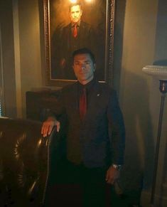 Shared by Paradise.. Find images and videos about tv show, riverdale and netflix on We Heart It - the app to get lost in what you love. Mark Consuelos, Hot Dads, Kelly Ripa, Riverdale Cast, Find Image, Tv Series, Tv Shows, Daddy, It Cast