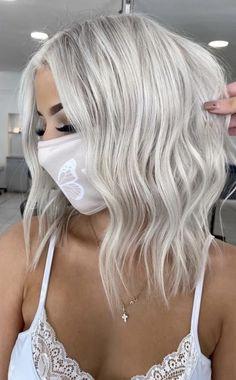 Ash Blonde Hair Balayage, Silver Blonde Hair, Honey Blonde Hair, Blonde Hair Looks, Platinum Blonde Hair, Icy Blonde, White Blonde, Rock Your Hair, Hair Due
