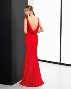 The New 2018 Collection of Evening Dresses From Rosa Clará: It's Not Only About The Bride Gala Dresses, Nice Dresses, Evening Dresses, Formal Dresses, Bridesmaid Dresses, Wedding Dresses, Bridesmaids, Draped Dress, Formal Wear