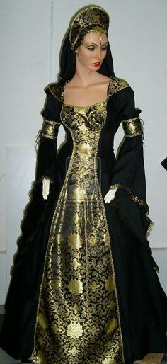Red Medieval Dress by Azinovic on DeviantArt Renaissance Costume, Renaissance Clothing, Medieval Fashion, Gold And Black Dress, Gold Dress, Black Gold, Gold Gown, Medieval Dress, Beautiful Gowns