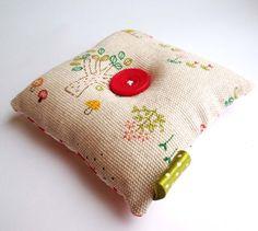 Beautiful Pin Cushion Garden Button Mothers day Tree Pin Cushion