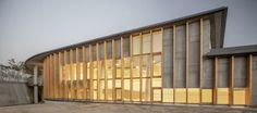 Biblioteca y Archivo Histórico de Sant Fruitós de Bages. Por Xavier Tragant. [Sant Fruitós de Bages, BCN] España #architecture