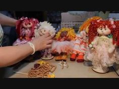 Muñecos Soft - como rizar lana de una manera sencilla y facil En este vídeo muestro como hacer el pelo rizado de lana para las muñecas.una tecnica que te sor...