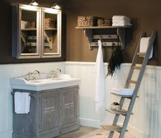 sfeer in landelijke stijl badkamer   Bath, time for me.   Pinterest ...