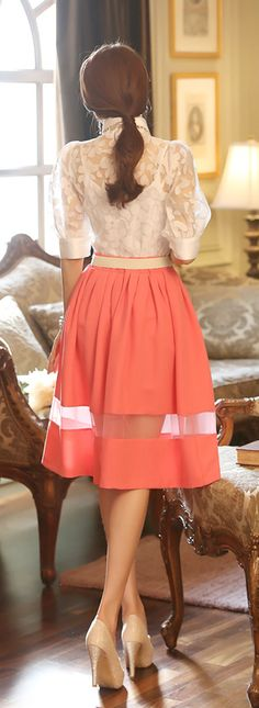 Elegant Skirt Outfit, Copy This Style Lady Like, Looks Chic, Dress Skirt, Midi Skirt, Coral Skirt, Peach Skirt, Orange Skirt, Coral Lace, Midi Skirts