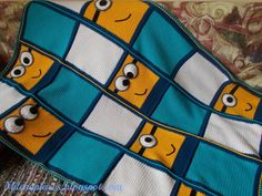This is a really cute version of a Minion blanket - I like that it's not too over-the-top, and could be suitable for kids of any age. Super-easy to duplicate even without a pattern!