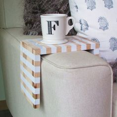 Create a space-saving, hardwood table that wraps the arm of your sofa @kten133