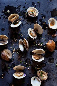 Caroline Petters Photography - food This looks delicious! Food Photography Styling, Food Styling, Food Design, Food Texture, Food Tasting, Fish And Seafood, Food Pictures, Food Inspiration, Food Art