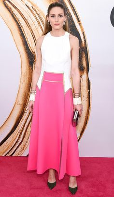 CFDA Fashion Awards 2016: Olivia Palermo is lovely in a white and pink Carolina Herrera gown. Beautiful dress! I adore the pink and white combination!