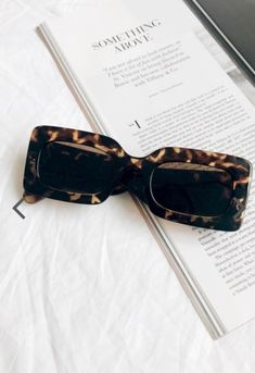 Discover the latest in women's fashion at Verge Girl. Styles include, dresses, jeans, jackets & accessories from Australian & international designers Cute Sunglasses, Sunnies, Sunglasses Women, Jewelry Accessories, Fashion Accessories, Classy Aesthetic, Cool Glasses, Fashion Eye Glasses, Estilo Retro