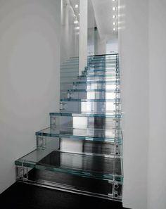 All Glass House Designed By Carlo Santambrogio & Ennio Arosio
