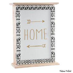 jolie boite à clés du thème tribal... Home Themes, Decoration, Frame, Home Decor, Decor, Picture Frame, Decoration Home, Room Decor, Decorations