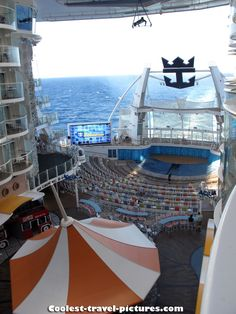 Oasis of the Seas | Jump into a spectacular high-diving performance in the AquaTheater onboard Oasis of the Seas.