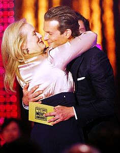 My fave actors make out.