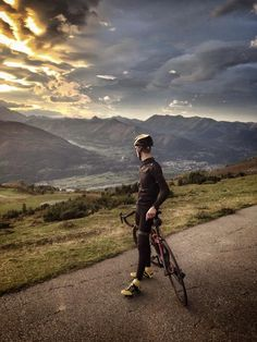 Les Pyrenees. you wouldnt want to ride....just stare