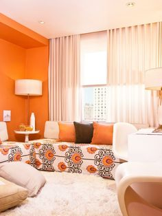 innendesign ideas small living room wakes orange accent wall