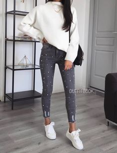 Great every day style and casual outfit Fashion Mode, Moda Fashion, Girl Fashion, Fashion Outfits, Womens Fashion, Mode Outfits, Casual Outfits, Look Girl, Cute Outfits For School