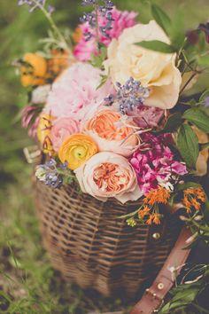 flowers by Bows + Arrows // photo by nbarrett