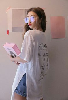 Best Ideas For Photography Poses Women Selfie Posts Korean Girl Fashion, Korean Fashion Trends, Korean Street Fashion, Ulzzang Fashion, Korea Fashion, Asian Fashion, Mode Ulzzang, Ulzzang Korean Girl, Pretty Korean Girls