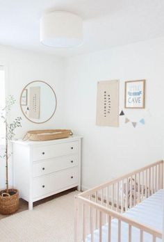 Neutrales Kinderzimmer-Design, modernes Boho-Kinderzimmer-Dekor, minimalistisches Kinderzimmer-Design You are in the right place about baby room decor luxury Here we offer you the most beautiful pictures … Baby Room Boy, Baby Boy Bedding, Baby Room Decor, Baby Boy Nurseries, Crib Bedding, Crib Mattress, Modern Nurseries, Baby Baby, Nursery Themes