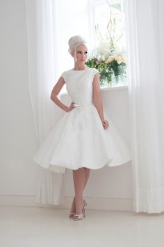 The Fabulous 1950s-Inspired 2016 Bridal Collection from House of Mooshki #shortweddingdresses